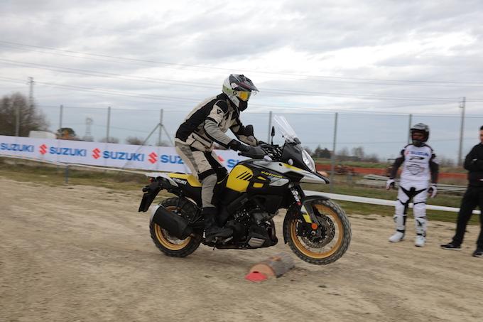 Suzuki_V-Strom_Academy_1