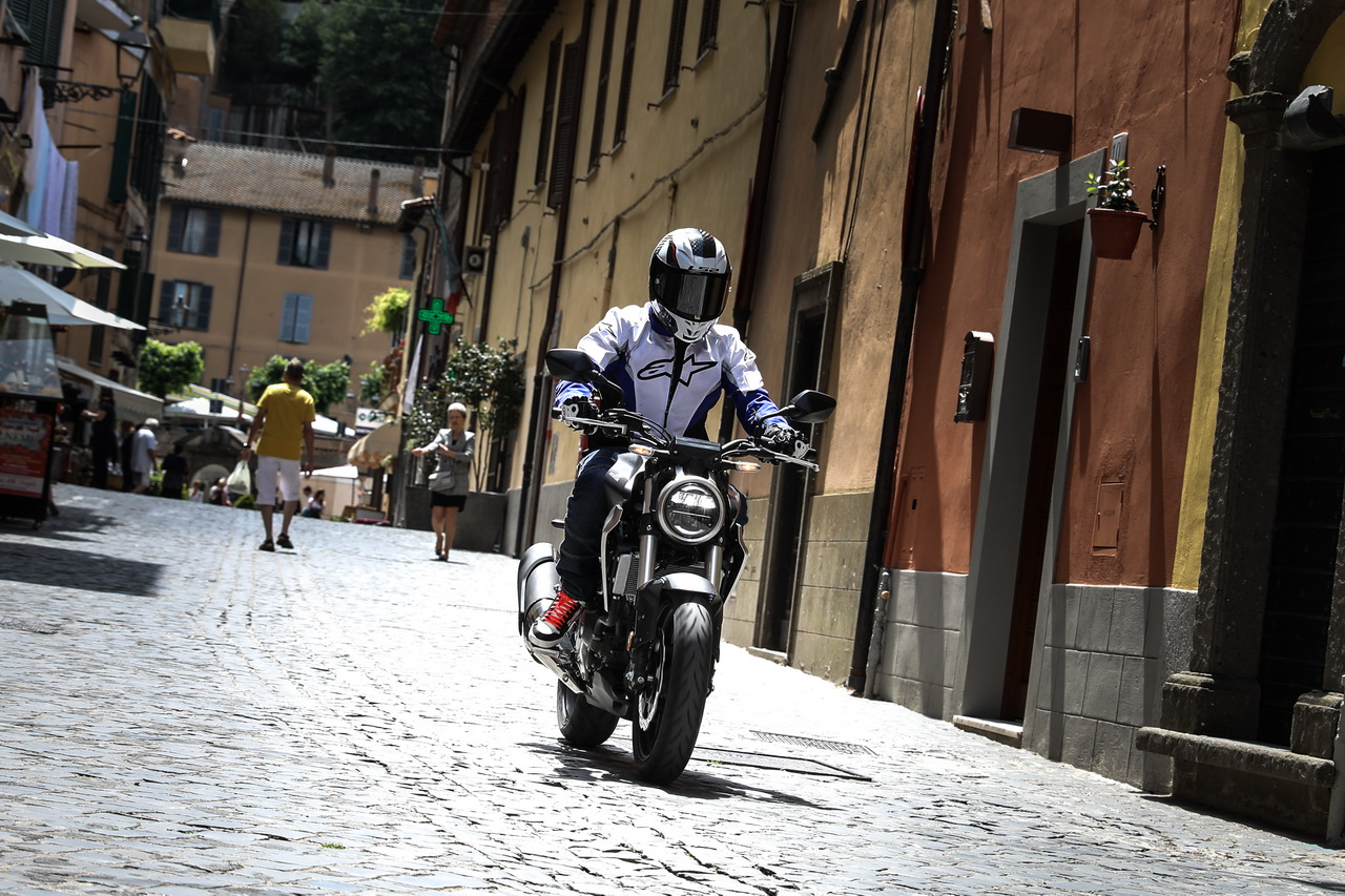 Honda_CB300_prova_su_strada_2018_10