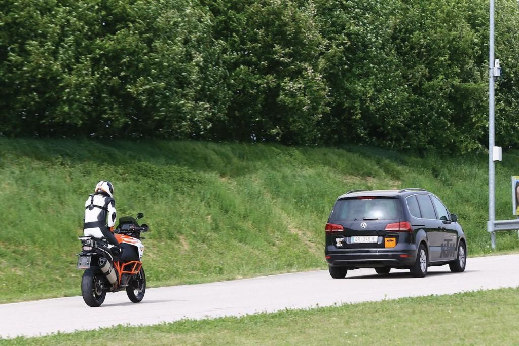 KTM: partnership con Bosch per aumentare la sicurezza a bordo