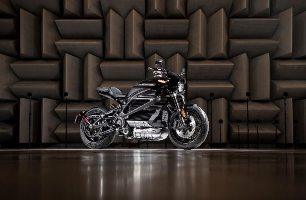 Harley-Davidson_2