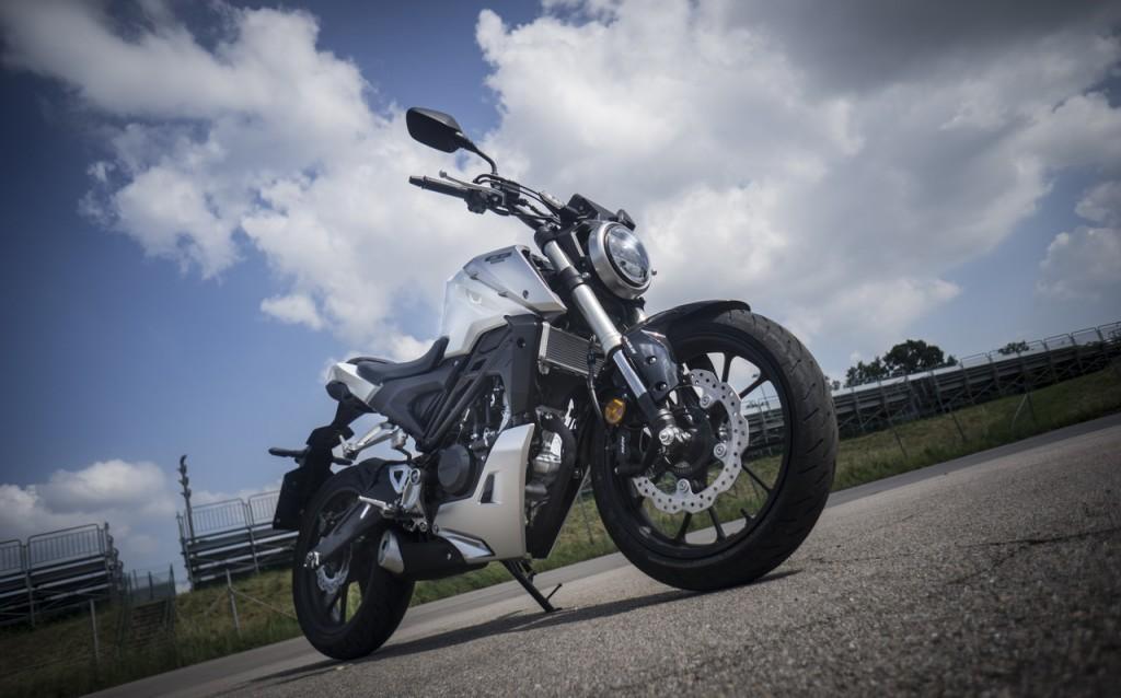 Honda_CB125R_prova_su_strada_2018_21
