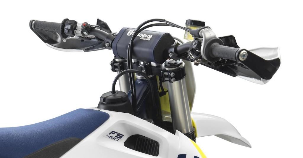 Husqvarna_Motorcycles_FS_450_Supermoto_6