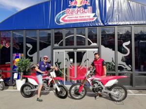 Honda: Camier si allena con le CRF250R Cross e CRF450R Supermoto
