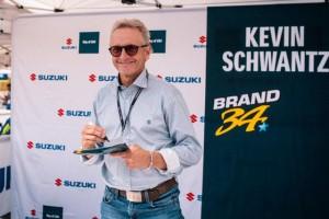 Suzuki: Kevin Schwantz al raduno GSX-R