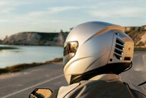 Feher ACH-1: arriva il casco con l'aria condizionata [VIDEO]