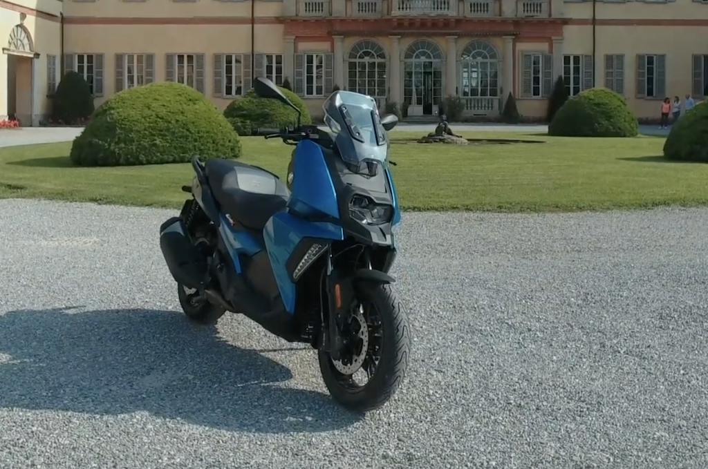 BMW C 400 X: presto in vendita lo scooter premium di media cilindrata della casa dell'Elica