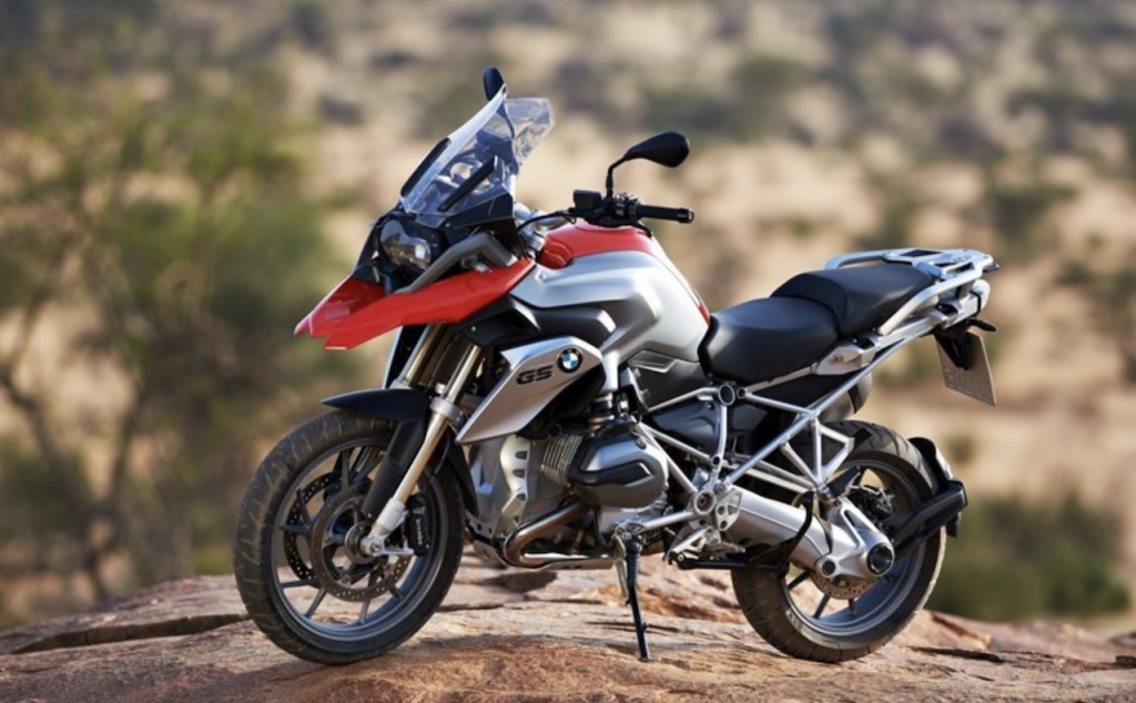 BMW: cinque modelli per il nuovo motore Boxer 1250 cc