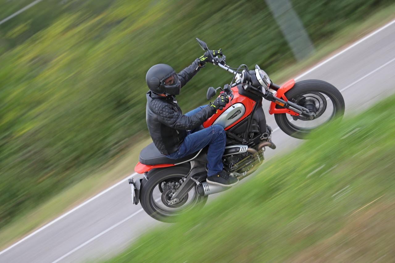 Ducati_Scrambler_Icon_2019_prova_su_strada_2018_072