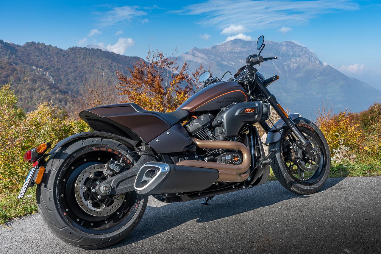 Harley-Davidson_FXDR_2019_prova_su_strada_2018_0024
