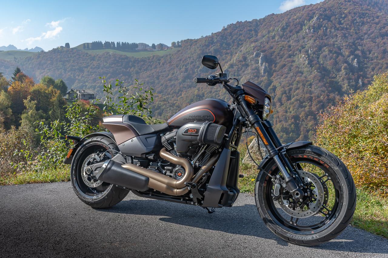 Harley-Davidson_FXDR_2019_prova_su_strada_2018_0026