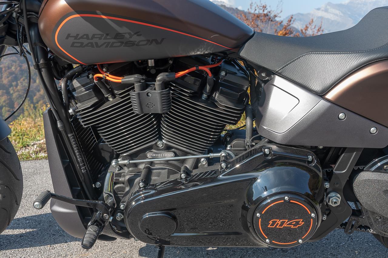 Harley-Davidson_FXDR_2019_prova_su_strada_2018_0028