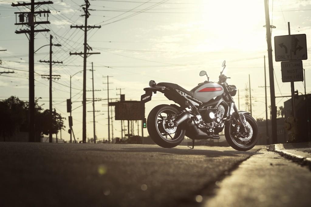 Yamaha_XSR900_XSR700_16