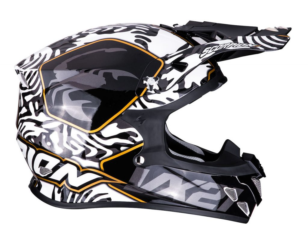 Scorpion Sports VX-21 Air: look tribale con la nuova grafica Gnarly