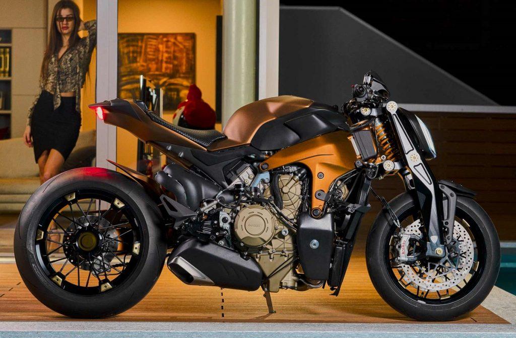 V4 Penta: una special con motore Ducati V4