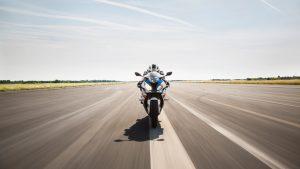 BMW Motorrad S1000RR: la prova in pista da parte del Product Manager, Josef Mächler [VIDEO]