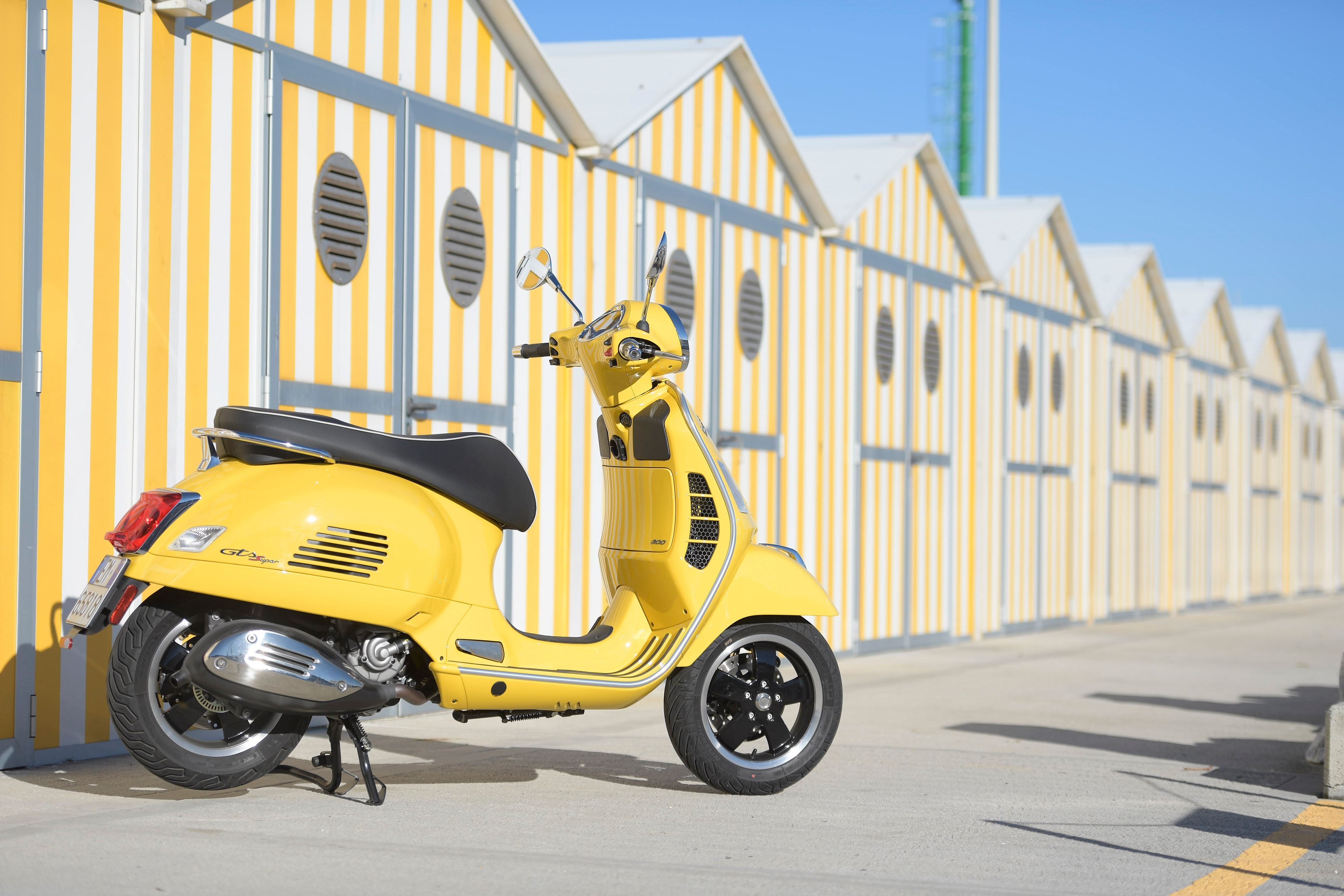 Calendario Vespa 2020.Vespa Gts E La Moto Dell Anno Secondo I Tedeschi