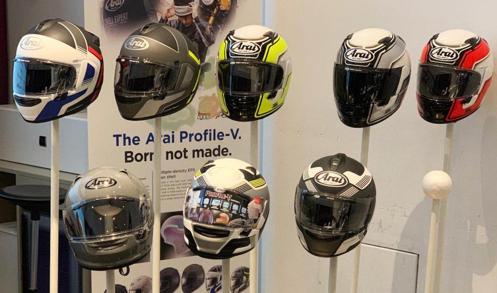 Arai Profile-V: la PROVA del nuovo casco dell'azienda giapponese