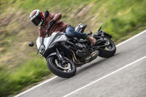 Suzuki DemoRide Tour 2019: il 27 e 28 aprile test su alcune strade di Lazio e Calabria