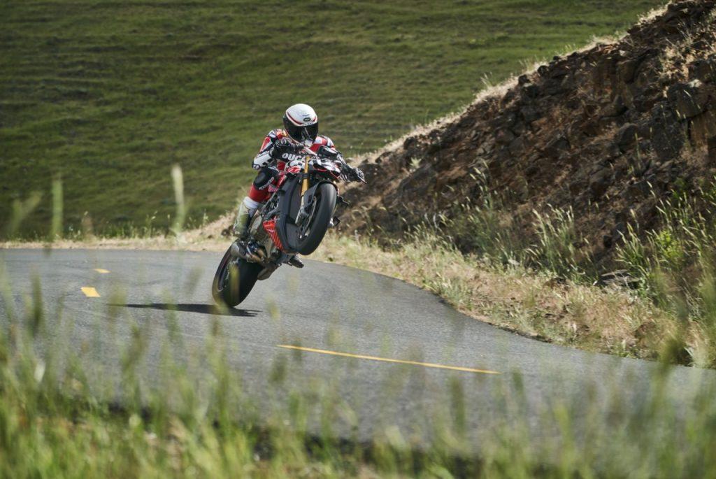 Ducati Streetfighter V4 Prototype: potenza e progressione in vista della sfida [VIDEO]