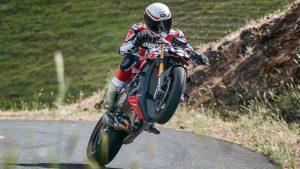 """Ducati Streetfighter V4 Prototype: nuova potenza per Carlin Dunne nella """"Race to the Clouds"""""""