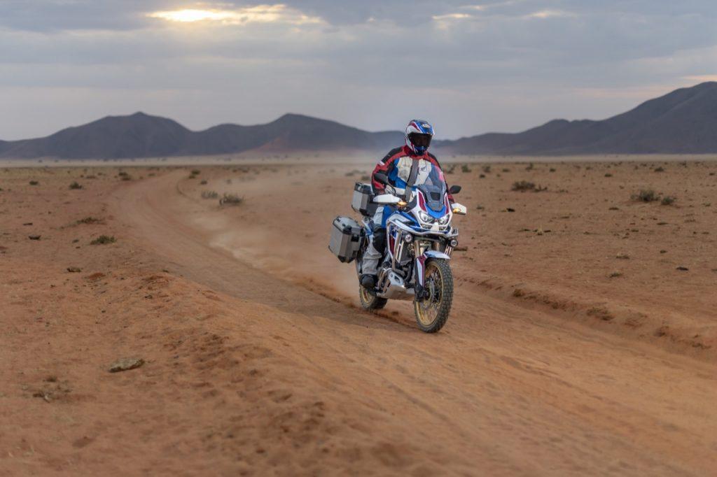 Honda CRF1100L Africa Twin 2020: una tecnologica strumentazione [VIDEO]