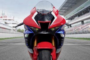 Honda CBR1000RR-R Fireblade: annunciati i prezzi