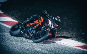 KTM 1290 Super Duke R 2020: un dinamismo prestazionale [VIDEO]