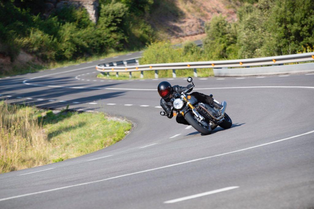 Triumph Thruxton RS: una sintesi dei vari aspetti del nuovo modello [VIDEO]