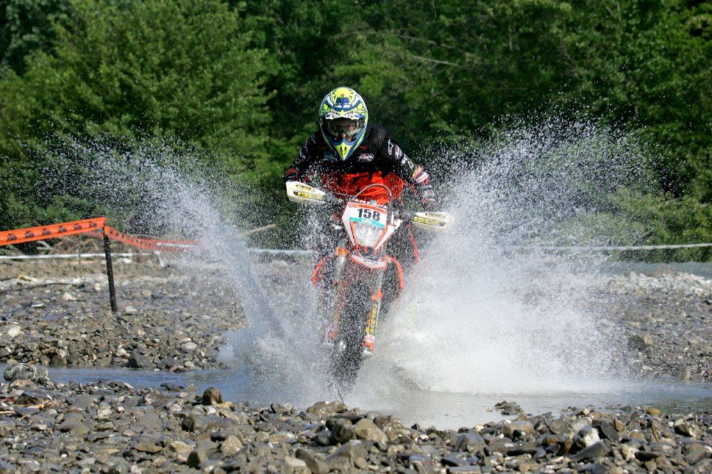 Trofeo Enduro KTM 2020: dopo quella di Città della Pieve, sospesa anche la prova all'Isola d'Elba