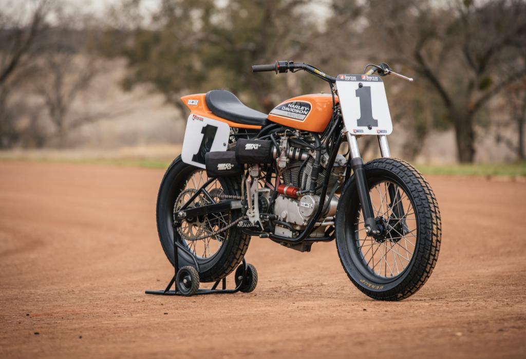 Harley-Davidson: ricordato il 50° anniversario dell'esemplare XR750