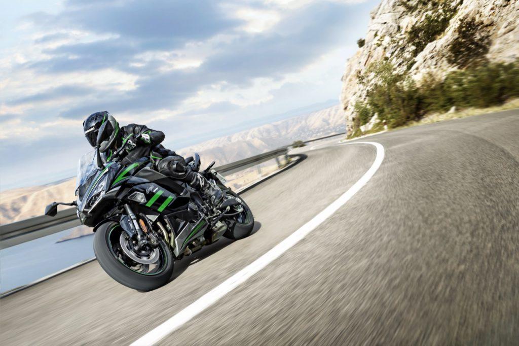 Kawasaki Ninja 1000SX: il nuovo modello Sport Touring legato a una tradizione