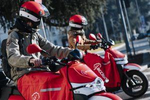 Acciona: con 10.000 mezzi elettrici condivisi, l'operatore di scooter sharing più grande nel mondo