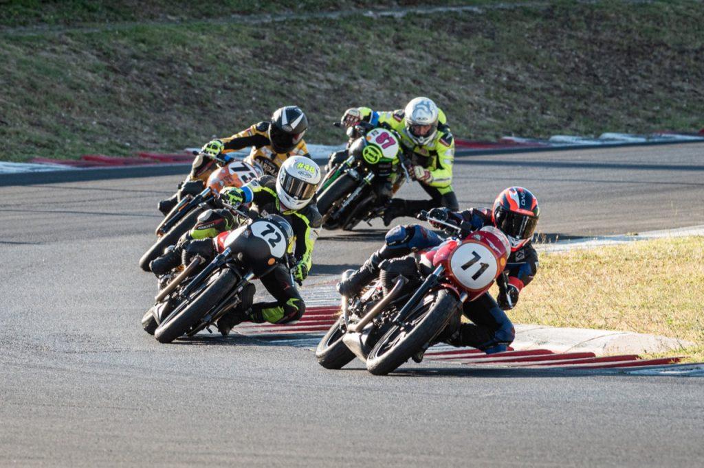 Trofeo Moto Guzzi Fast Endurance 2020: adrenalina e confronti sull'asfalto di Vallelunga [VIDEO]