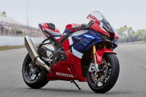Honda: l'evoluzione della stirpe Fireblade [VIDEO]