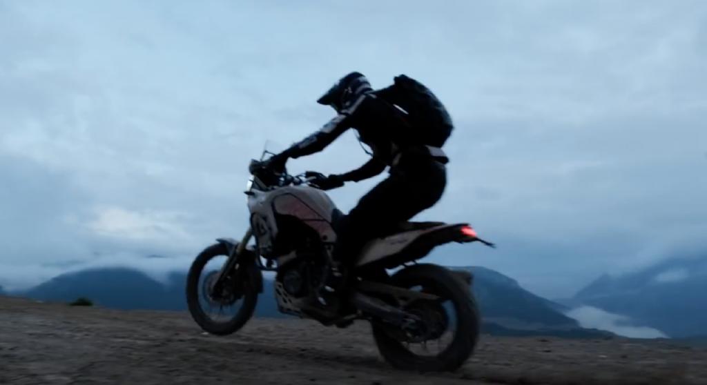 Yamaha Ténéré 700: Pol Tarrés e un dinamismo spumeggiante [VIDEO]