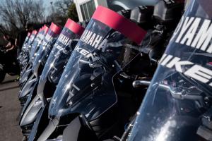 Yamaha Motor: un contest per un'esperienza in sella alla Niken al Giro d'Italia 2020