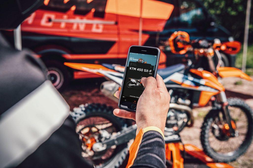 KTM: annunciata la disponibilità dell'app myKTM per esemplari SX-F 2021