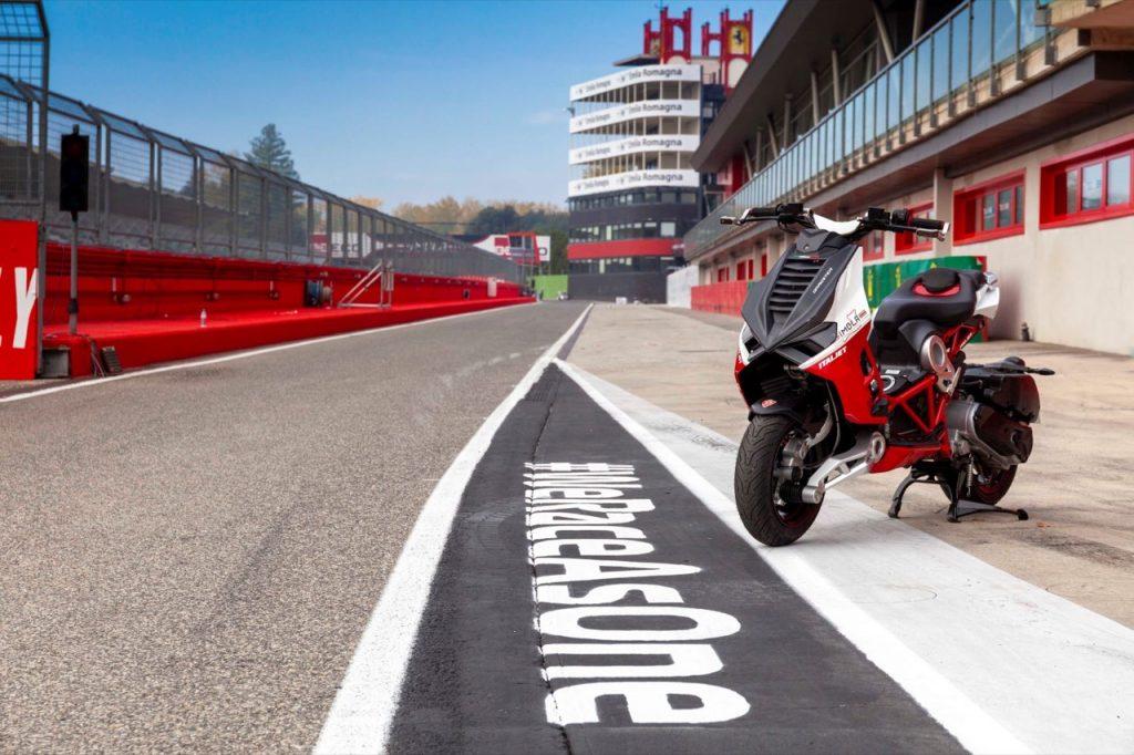 Italjet fornitore ufficiale dell'Autodromo di Imola