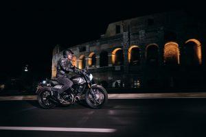 Ducati Scrambler Nightshift: una nuova ricercata espressione notturna [VIDEO]