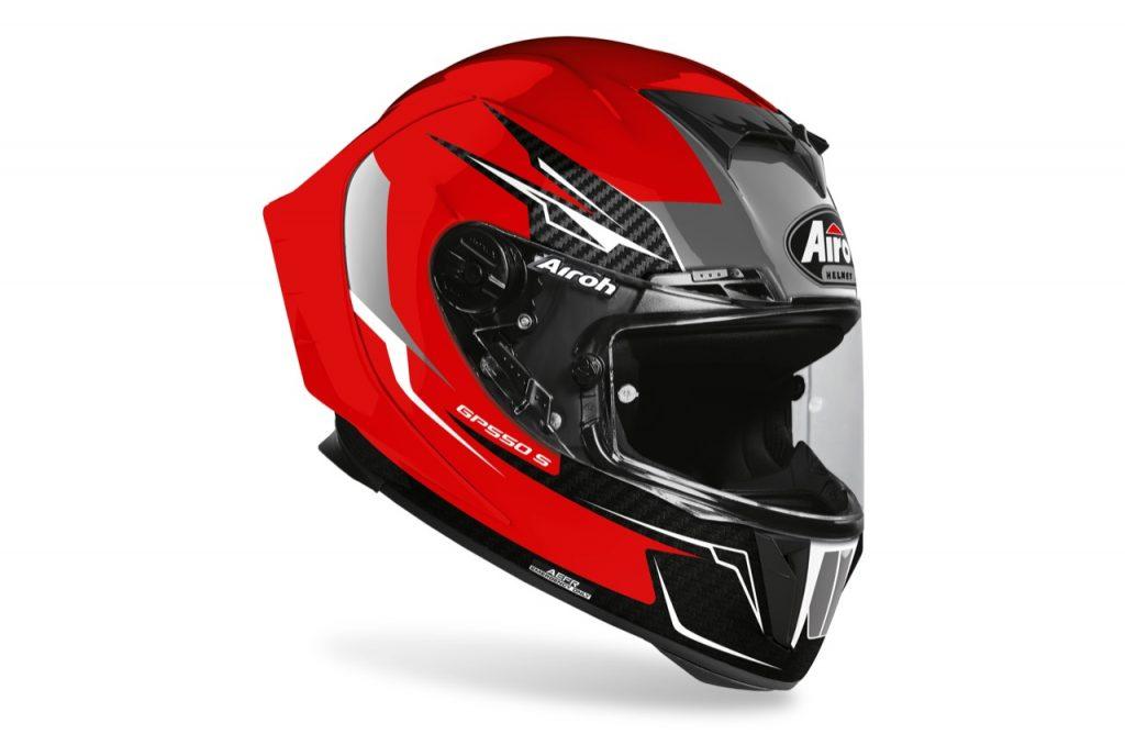 Airoh GP 550 S e Aviator 3: sicurezza per i motociclisti su strada e sterrato