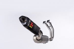 Akrapovič: un sistema di scarico Racing Line (Carbon) per Aprilia RS 660
