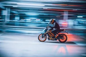 KTM 125 Duke: presentata la compatta per il 2021 [FOTO]