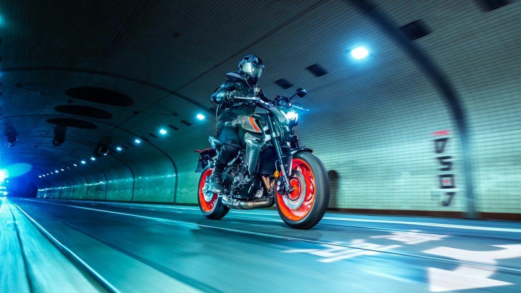Yamaha MT-09: un riassunto del nuovo esemplare [VIDEO]