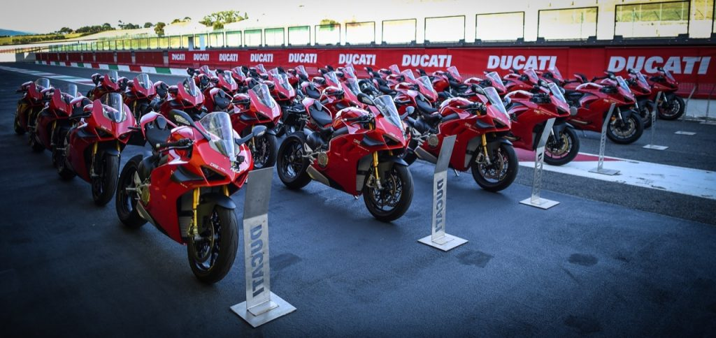 Ducati Riding Academy: aperte le iscrizioni per la stagione 2021 [FOTO]