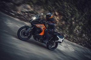 KTM 1290 Super Adventure S: un prospetto della parte tecnologica [VIDEO]