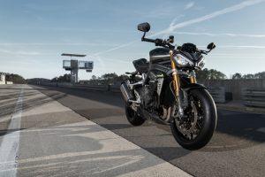 Triumph Speed Triple 1200 RS: un riassunto del nuovo modello [VIDEO]