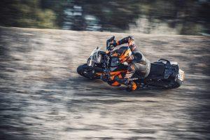 KTM 1290 Super Adventure S: esplorazione e tecnologia [VIDEO]