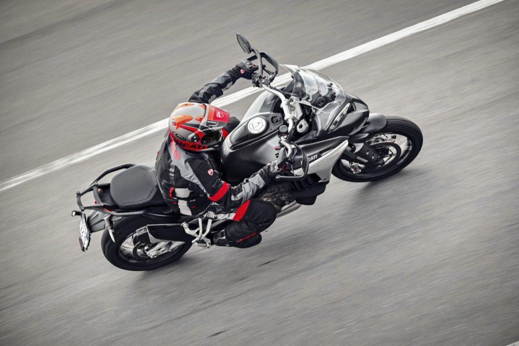 Ducati Multistrada V4: una sintesi dedicata al sistema radar anteriore e posteriore [VIDEO]