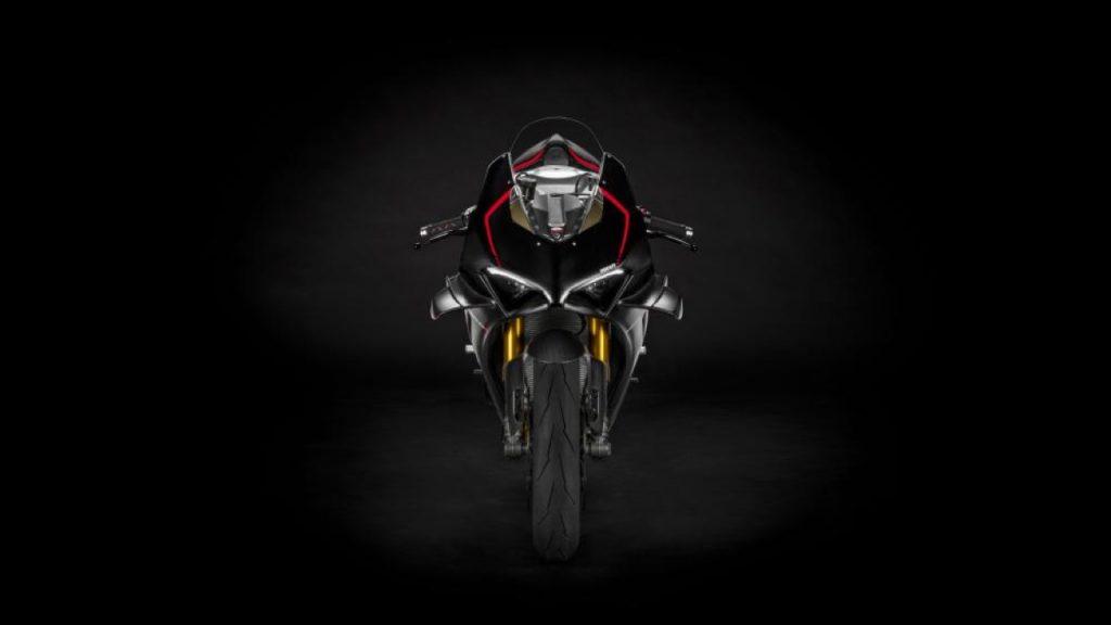 Ducati Panigale V4 SP: una potenza percepibile già dalle forme [VIDEO]