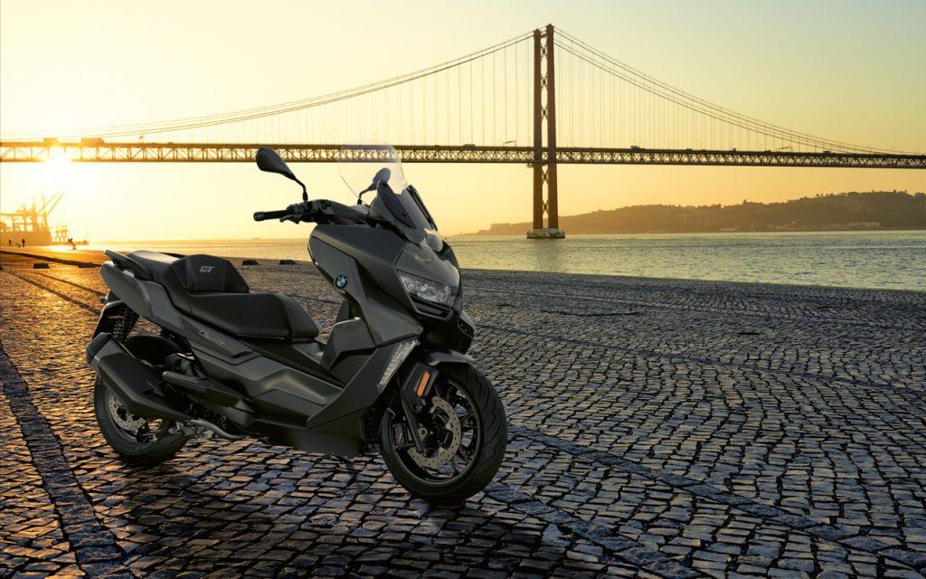 BMW Motorrad: assieme a C 400 X e C 400 GT il lancio del nuovo leasing operativo Why-Buy Evo